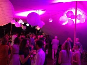 Lange Tafels bruiloft catering buiten 16