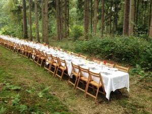 Lange Tafels bruiloft catering buiten 3